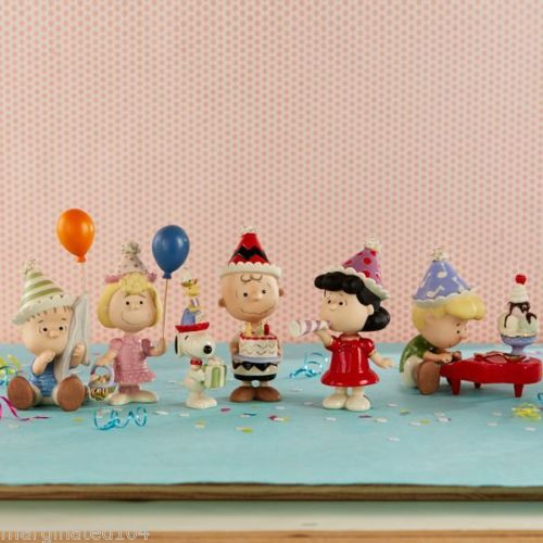 Linus, Sally, Snoopy, Woodstock, Charlie Brown, Lucy and Shroeder birthday party figure set