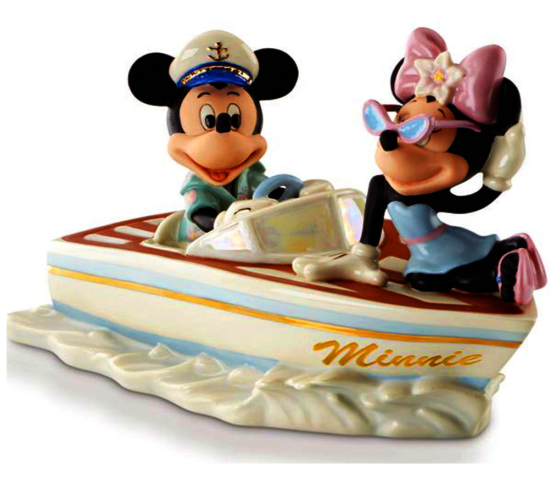 Mickey and Minnie mouse out on the boat