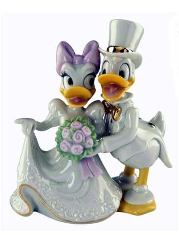 Ceramic Donald and Daisy gets married Lenox