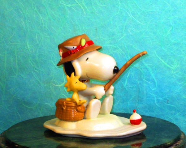 Snoopy and Woodstock go fishing for Lenox ceramic ware