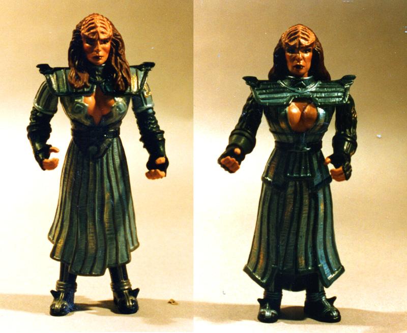 Klingon sisters Playmates Toys Star Trek figures