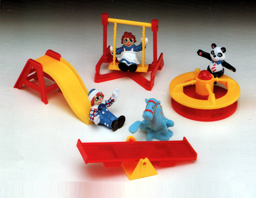 Happy Meal Playset Raggedy Ann and Andy and the Camel and the Panda