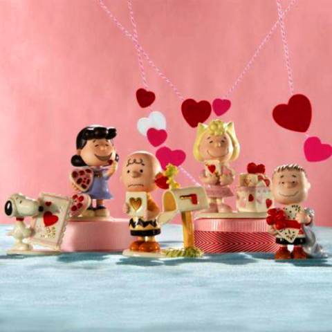 the Peanuts Gang on Valentines Day Snoopy Charlie Brown Linus Lucy and Sally...and Woodstock