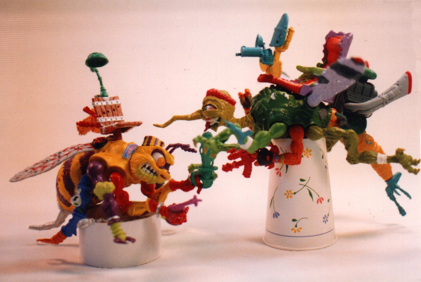 desktop photo of Killer Bee and Squeeto - Playmates toys TMNT
