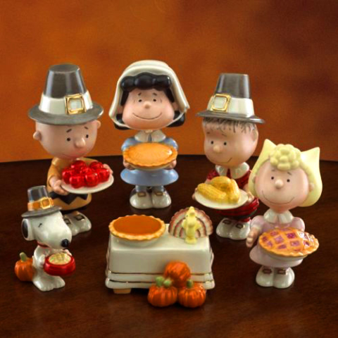 Thanksgiving Charlie Brown, Lucy, Linus, Sally, Snoopy with Woodstock as the Turkey