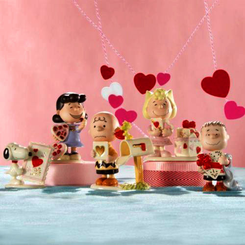 Valentines Peanuts fine china Lenox