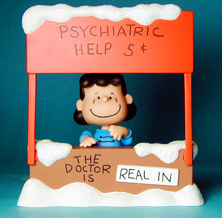 PSYCHIATRIC help booth Lucy Van Pelt - the doctor is in
