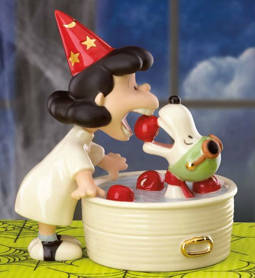 Lenox Ceramics famous scene from It's the Great Pumpkin, Charlie Brown